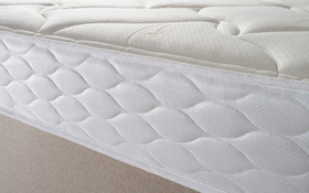 Simply Sealy Memory Mattress Border
