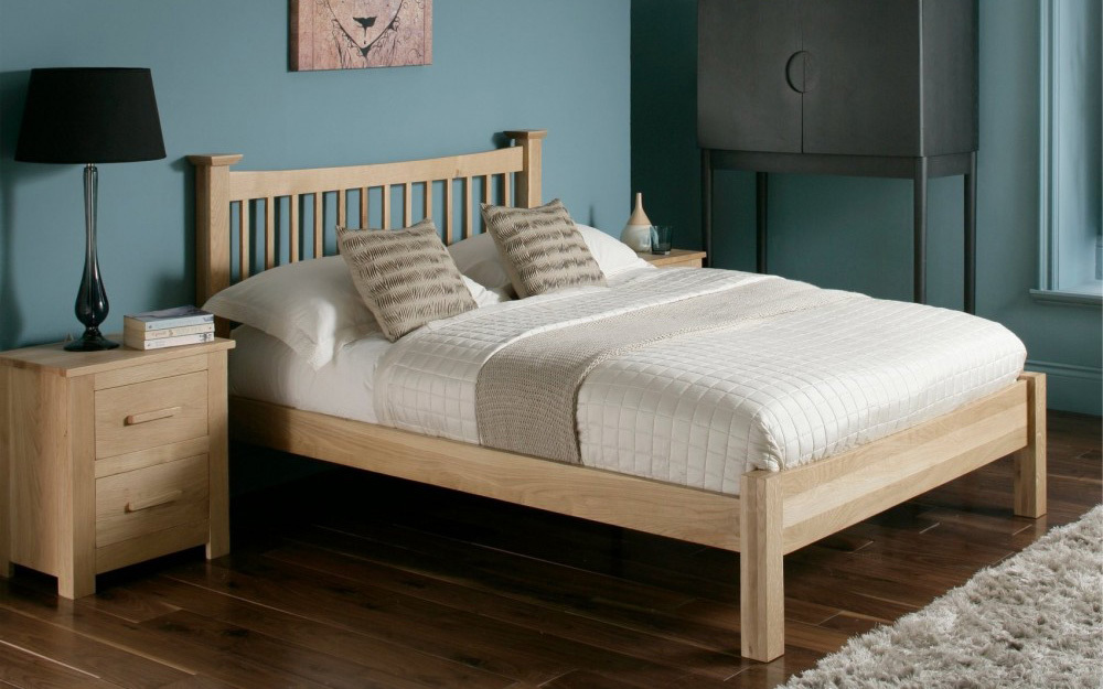 Flintshire Aston Wooden Oak Bed, Double
