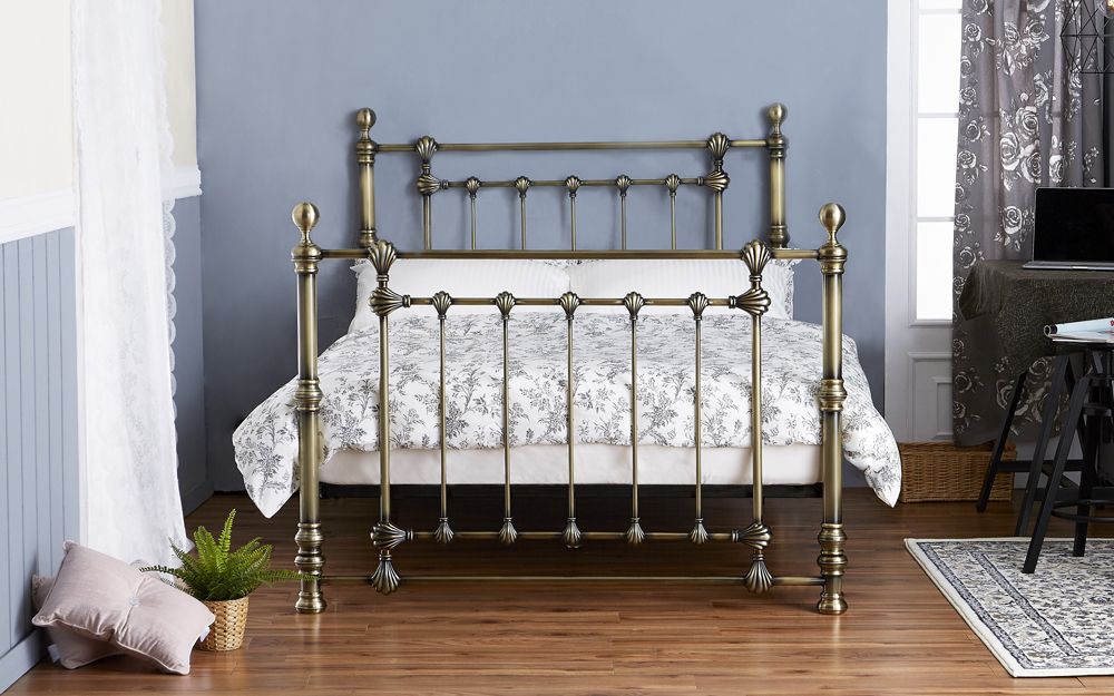 Victoria Antique Brass Harmony Bed Frame, Double