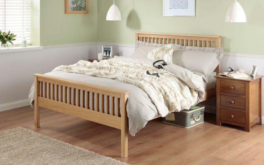The Silentnight Dakota Oak Wooden Bed Frame with sprung slats