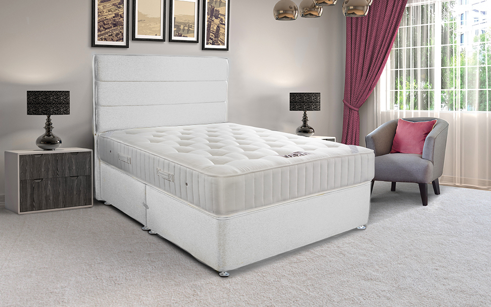 The Sleepeezee Hotel Classic 1000 Pocket Contract Divan comes complete with a mattress