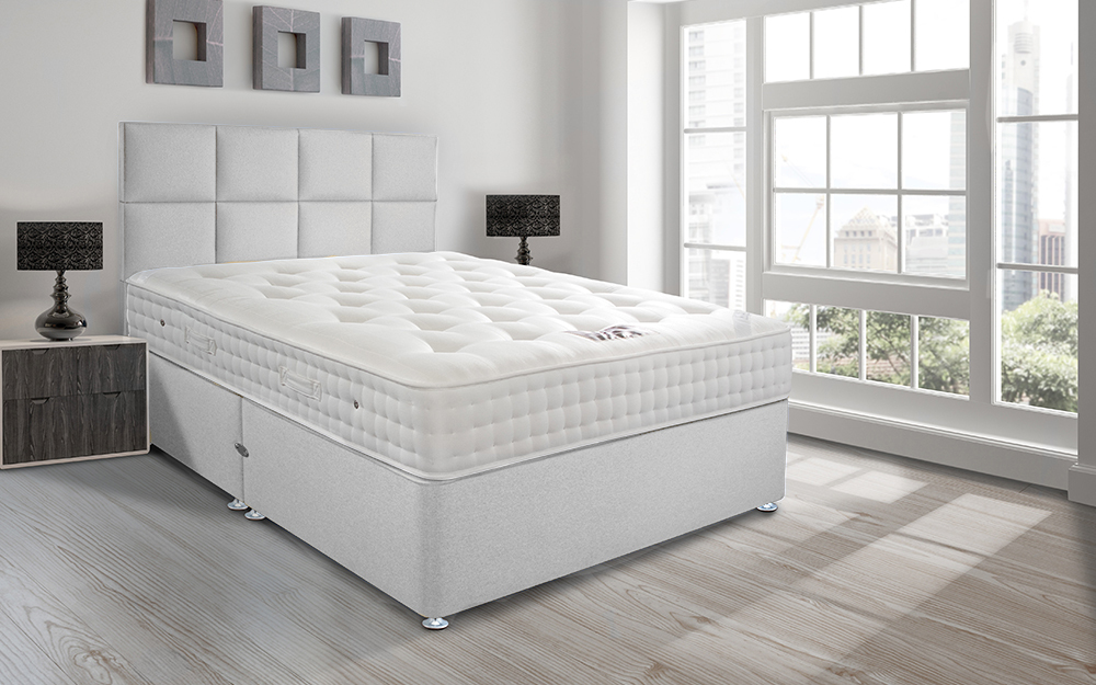The Sleepeezee Hotel Supreme 1400 Pocket Contract Divan, complete with a pocket sprung mattress